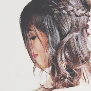 coiffures-pour-femmes-faciles-à-faire-soi-même-en-moins-de-cinq-minutes-76