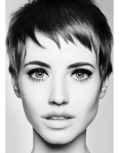 modèles-de-coupe-de-cheveux-pour-femme-17
